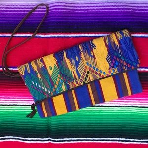 Vintage Embroidered Clutch / Wallet Boho VTG